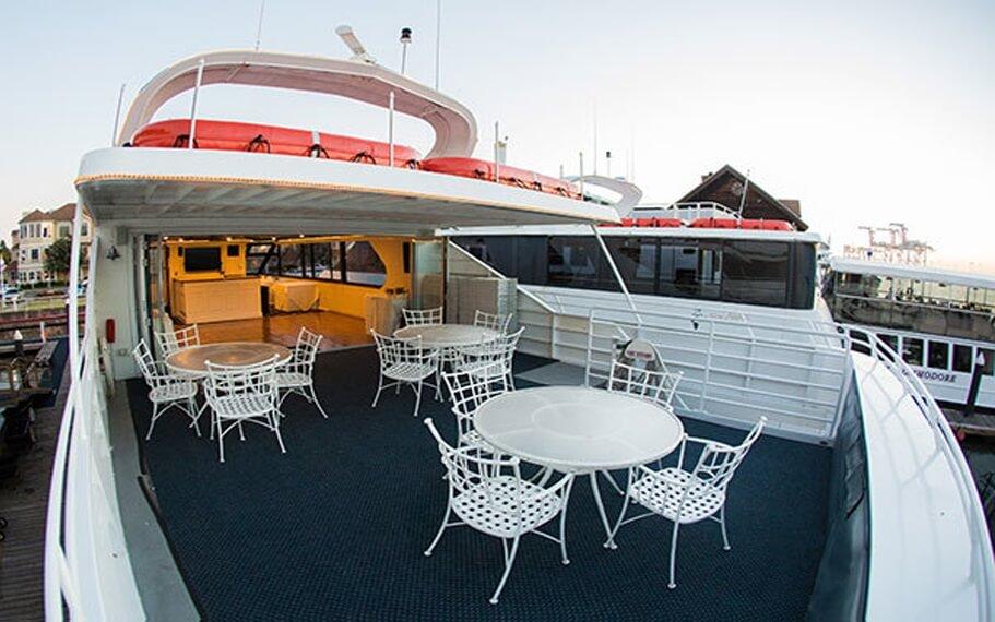 Merlot Commodore Yacht