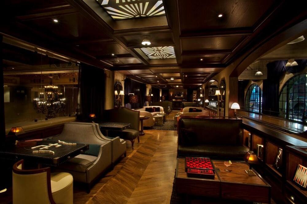 Spare Room | Hollywood Roosevelt Hotel