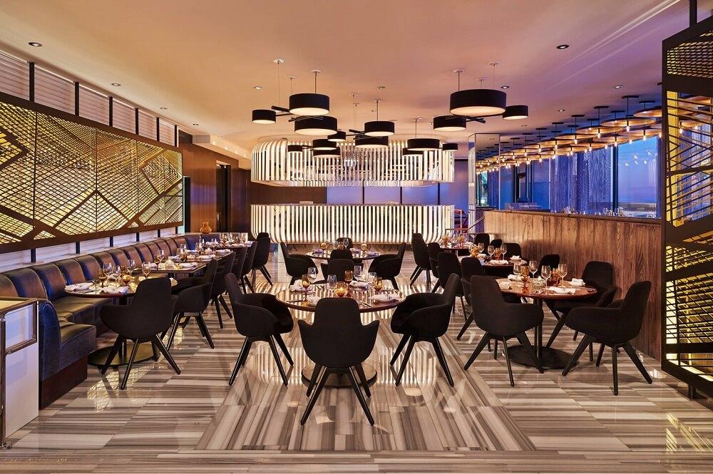 W Chicago - Lakeshore Hotel